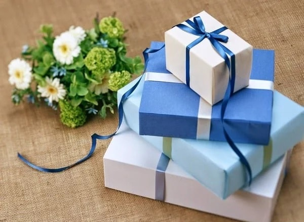 30 món quà ý nghĩa tặng bạn trai nhân dịp sinh nhật ý nghĩa nhất - Top10tphcm
