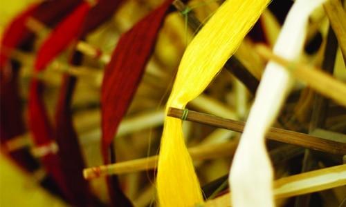 Quy trình sản xuất lụa tơ tằm - Nhuộm màu tơ lụa