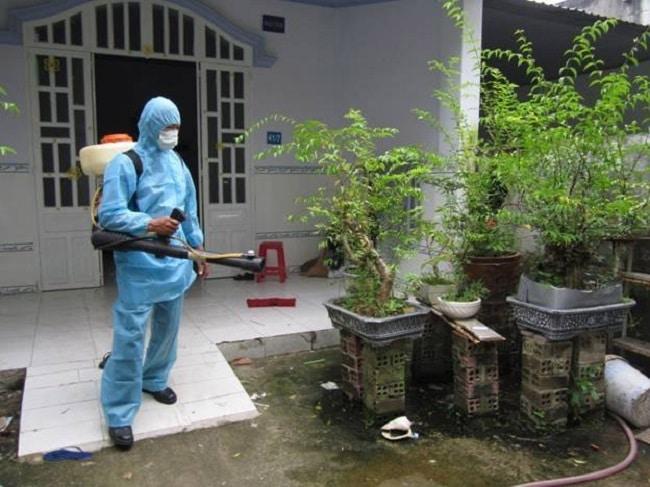Phun thuốc diệt muỗi Fendona cần lưu ý