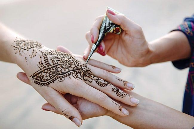 vẽ henna ở đâu uy tín đẹp nhất tphcm