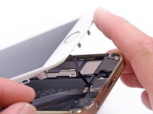 Top cửa hàng sửa chữa điện thoại iPhone uy tín