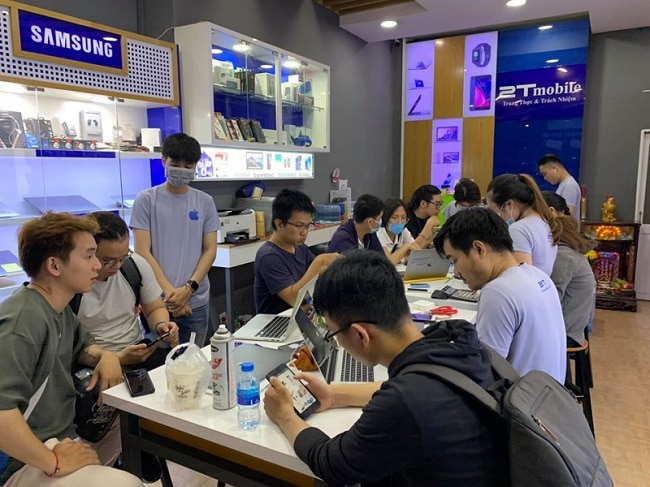 Sửa chữa điện thoại Iphone 2T Mobile