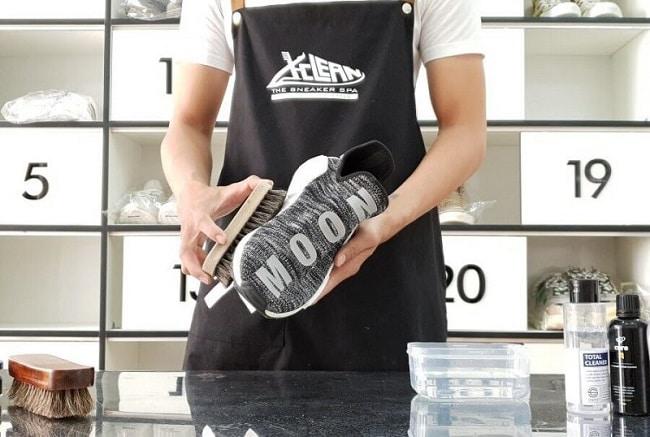 Vệ sinh giày X-Clean