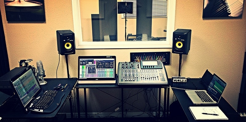Phòng thu âm Sonar Production