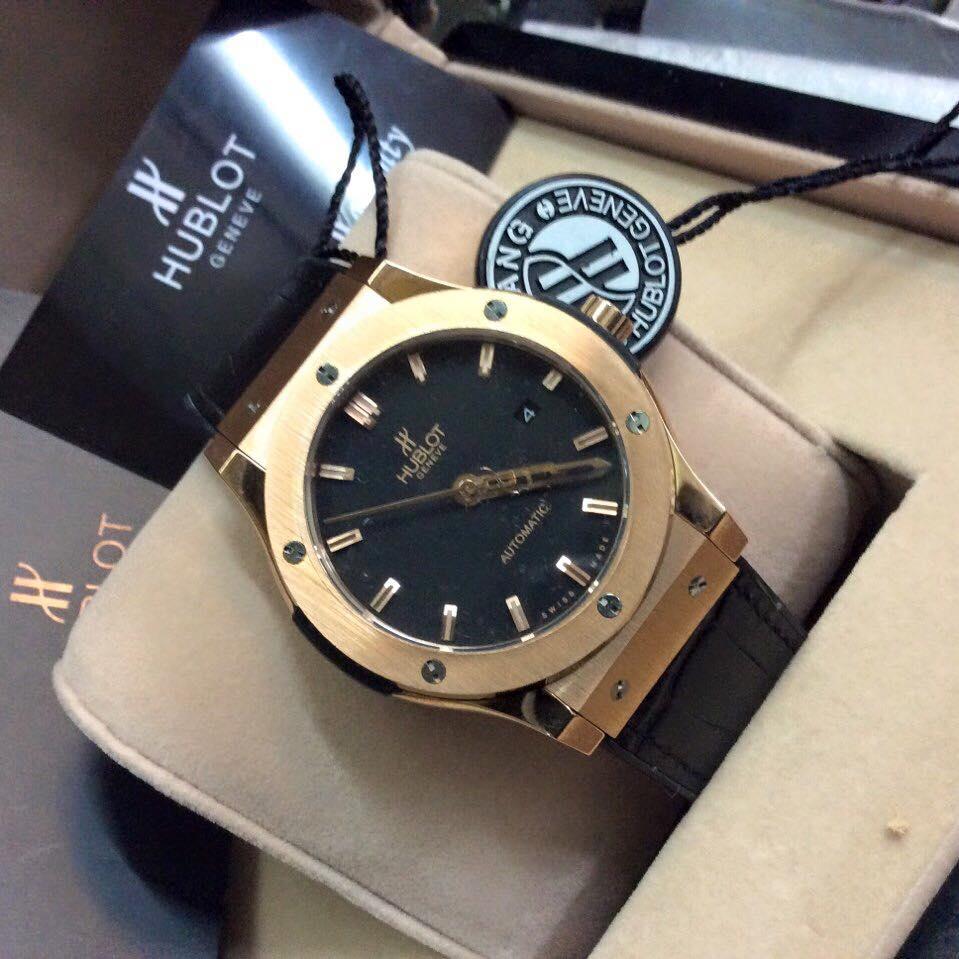 Quà tặng sếp nam - đồng hồ đeo tay