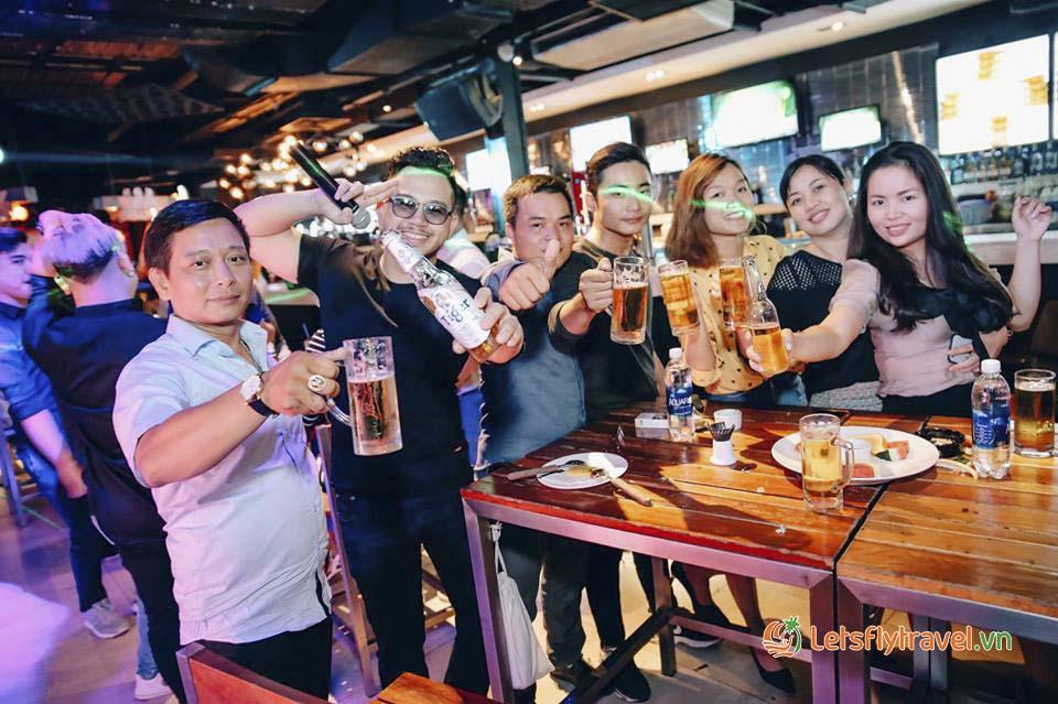 Quán nhậu quận tân bình Vuvuzela Beer Club
