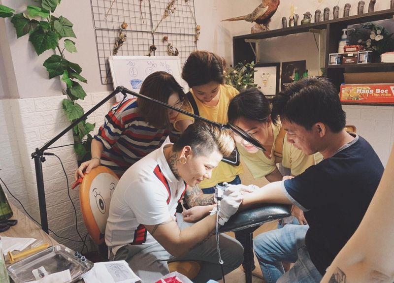 Trường dạy xăm hình nghệ thuật Monster Ink Tattoo
