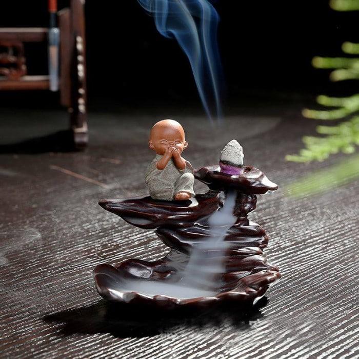 Ý nghĩa phong thủy của thác khói trầm hương