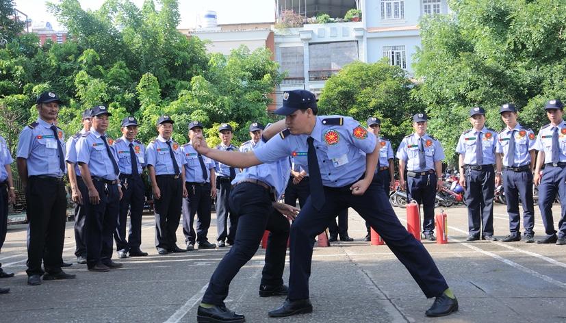 Công ty bảo vệ Quận Tân Bình - Hoàng Phi Báo