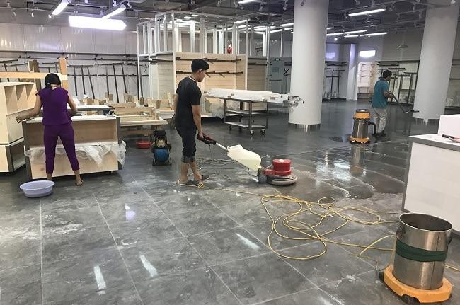 Giá dịch vụ vệ sinh công nghiệp - Vệ Sinh Nhanh