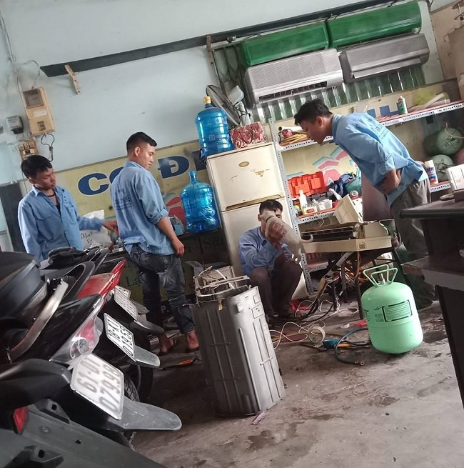 Dịch vụ vệ sinh máy lạnh uy tín quận 4-Bá Tuấn