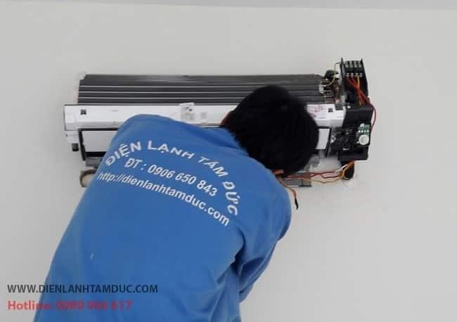 Dịch vụ vệ sinh máy lạnh uy tín quận 7-Tâm Đức