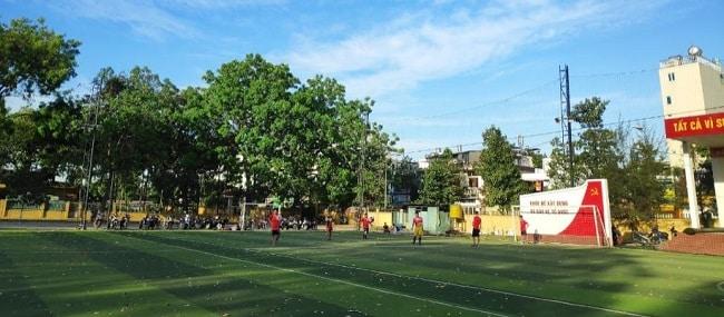 Sân bóng đá 230