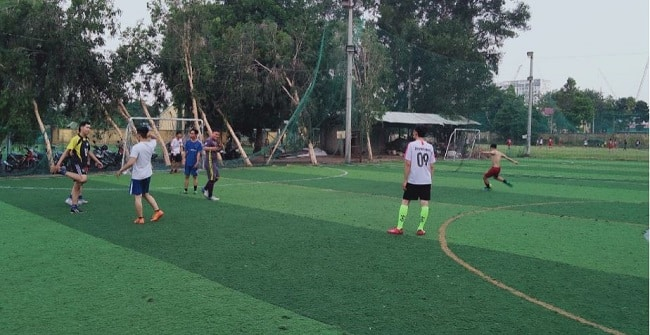 Sân bóng đá D36