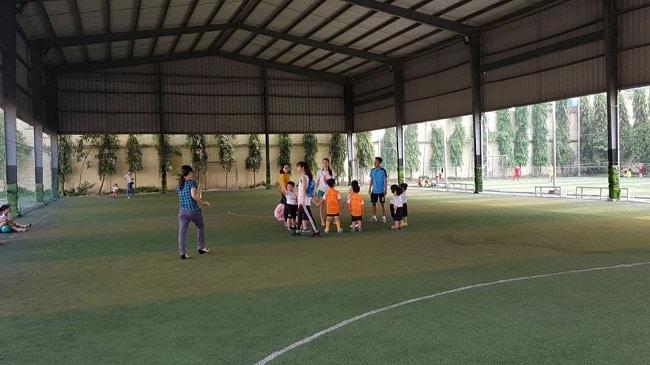 Sân bóng đá Gia Nguyễn