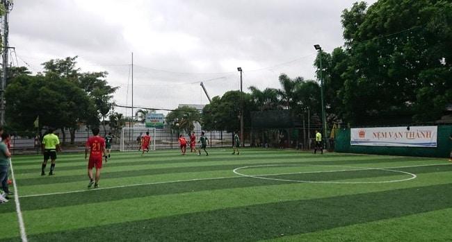 Sân bóng Tanimex