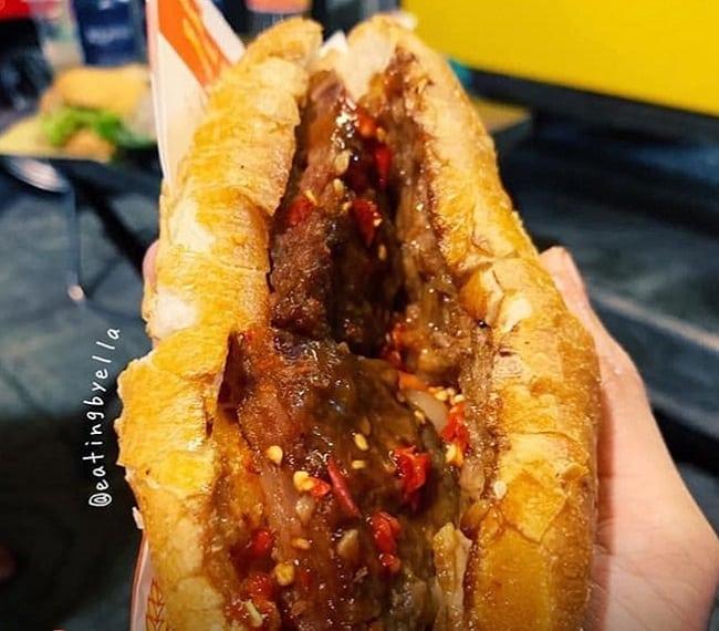 Bánh mì thịt bò Mika