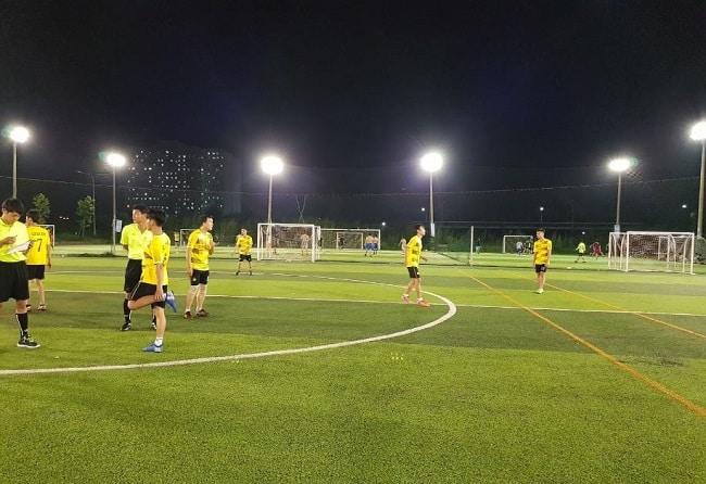 Sân bóng đá HCA - Bình Thạnh