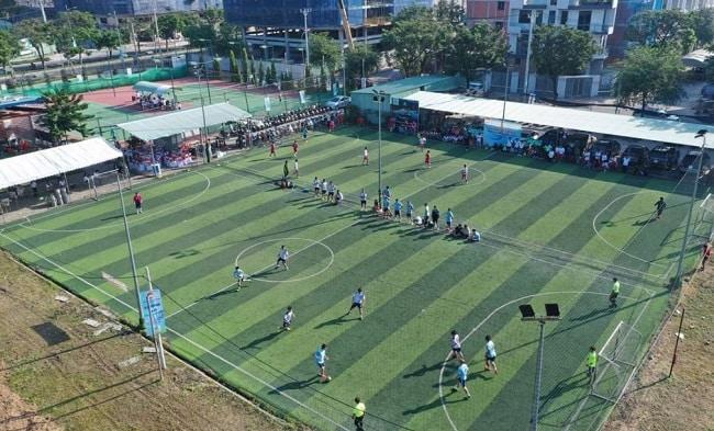 Sân bóng đá KDC Vạn Phúc