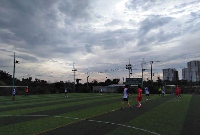 Sân bóng đá Đại Long