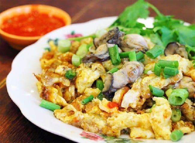 Xe hàu chiên trứng Phùng Hưng