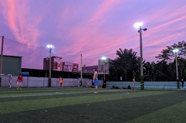 Sân bóng đá 185