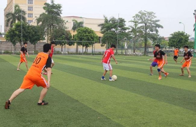 Sân bóng đá ở Bình Tân