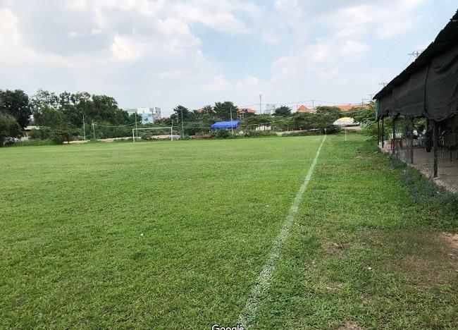 Sân bóng đá Mã Lò