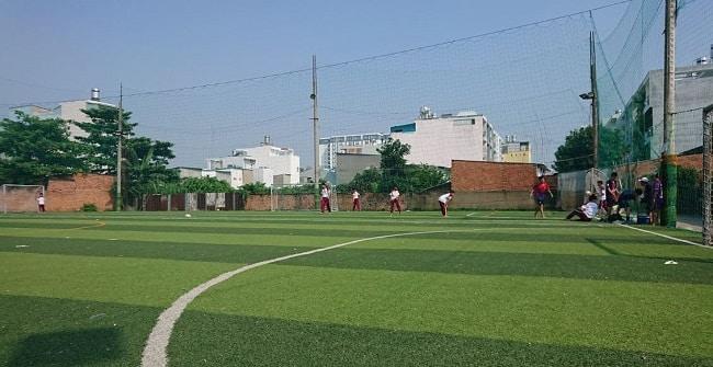 Sân bóng đá Thạch Đà