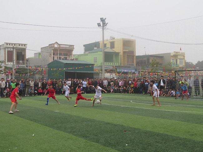 Sân bóng đá Thới Tứ
