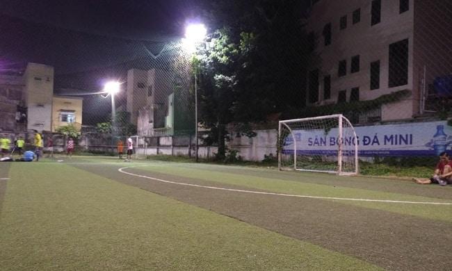 Sân bóng đá Trần Kế Xương - Phú Nhuận