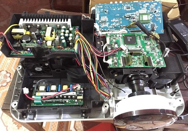 Sửa máy chiếu ở TPHCM Tốt