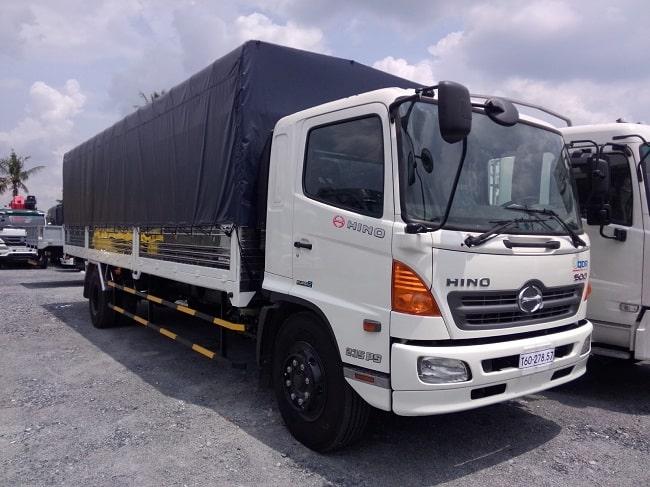 Giá xe tải 7 tấn Hino