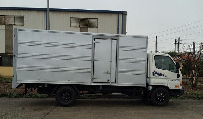 Giá xe tải 7 tấn Hyundai HD700