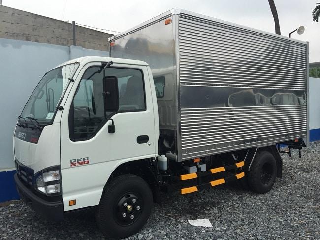 Xe tải 1.5 tấn Isuzu QKR77FE4