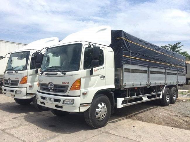Xe tải Hino FL thùng bạt