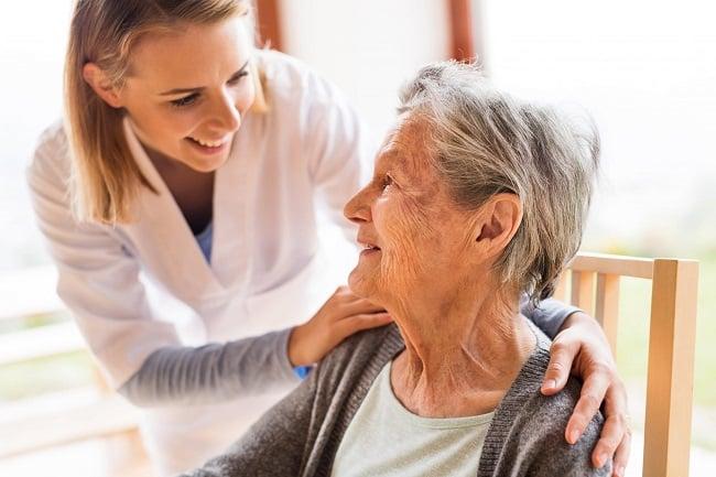 Dịch vụ chăm sóc người già tại nhà ở TPHCM - Best care
