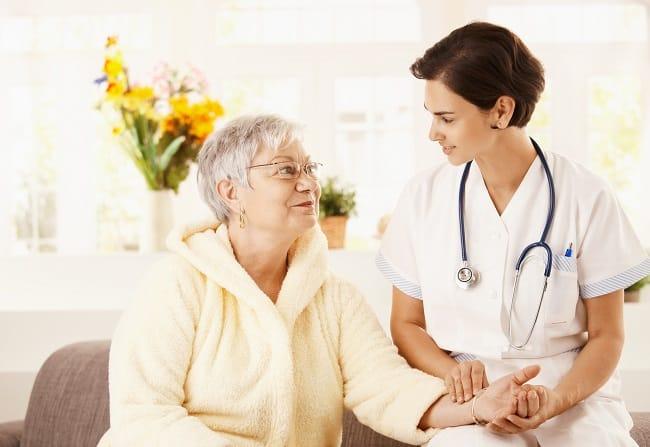 Dịch vụ chăm sóc người già tại nhà ở TPHCM - Thiên Phúc