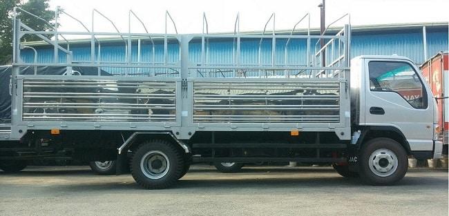 Xe tải 5 tấn Jac HFC1061K3