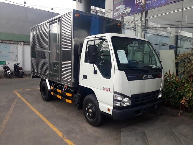 Xe tải Isuzu QKR77FE4 1 tấn - Thùng kín