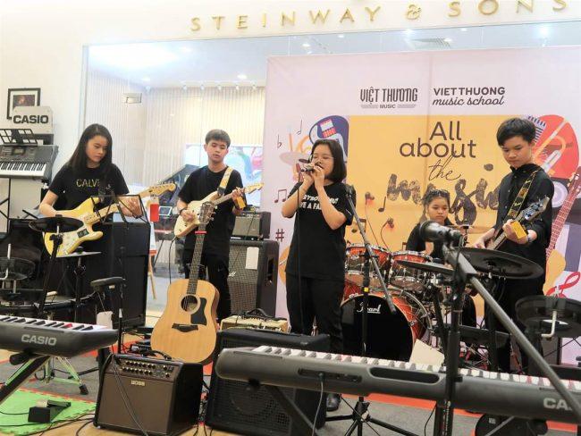 Việt Thương - Trung tâm dạy đàn Guitar chất lượng tại TPHCM