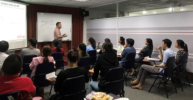 Trung tập dạy phát âm tiếng Anh Emas