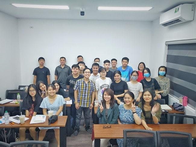 Lớp học Trung tâm DOL English