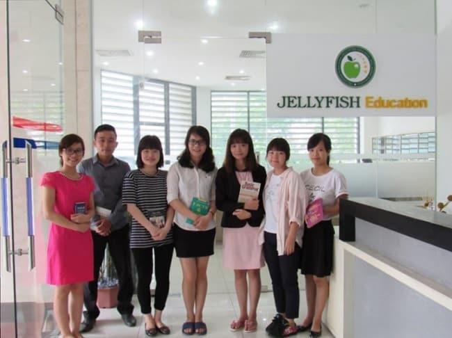 Tư vấn du học tại Jellyfish Education