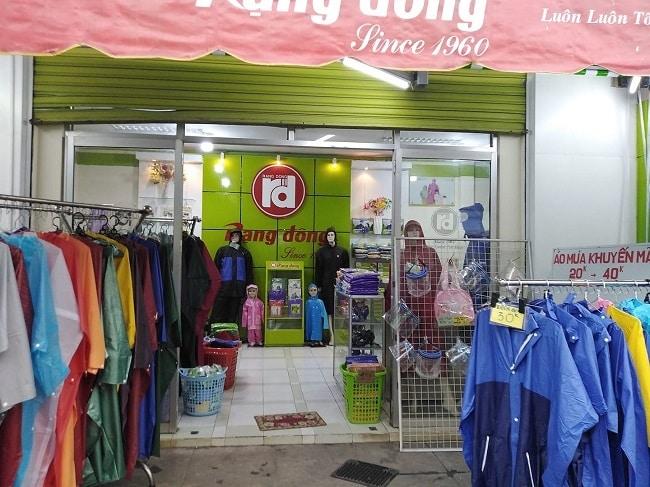 Cửa hàng áo mưa Rạng Đông