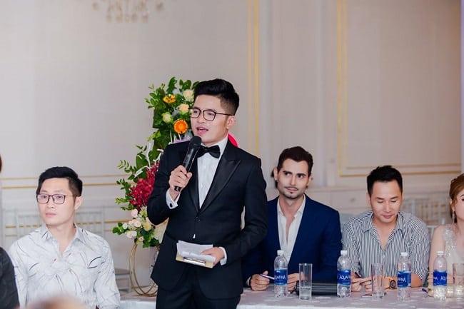 MC tại công ty Người mẫu Á Châu