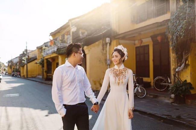 Áo dài tại White wedding house