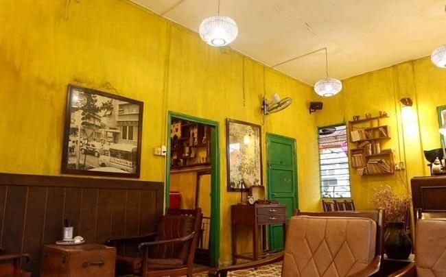 Không gian Cafe Hoa Giấy