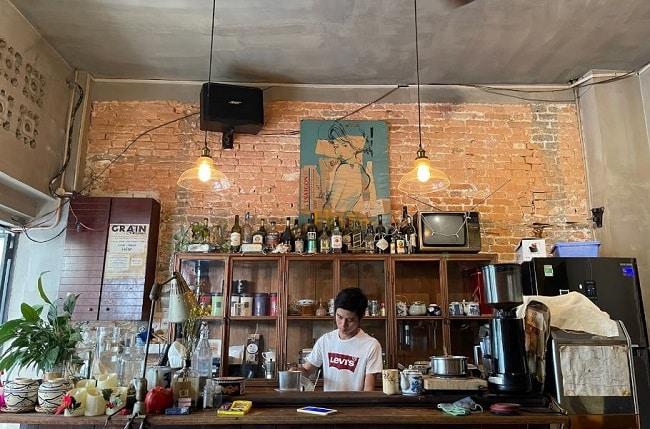 Không gian Hoàng Thịnh Cafe