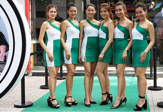 Người mẫu tại Kết Nối Việt